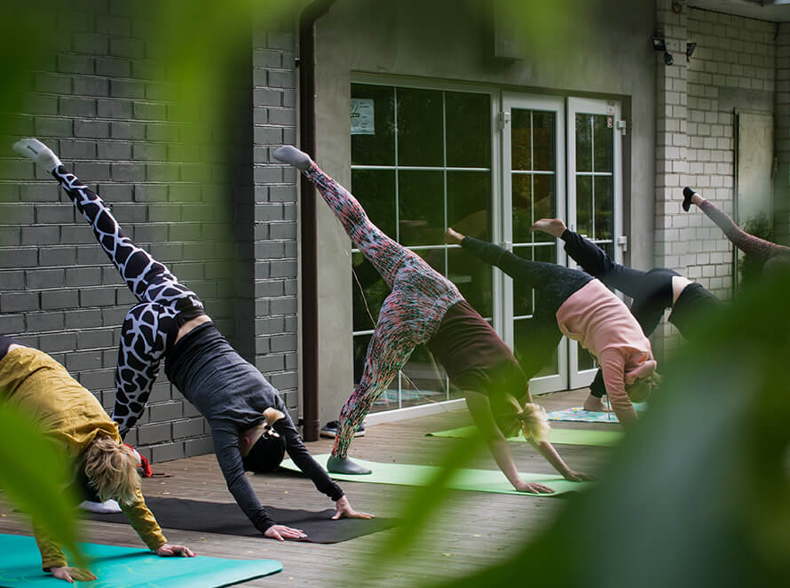 Family Fit Training of yoga